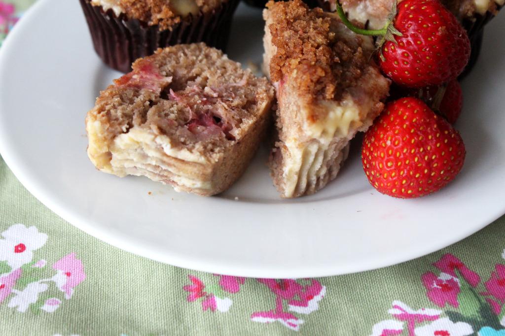strawberry-cheesecake-muffin4