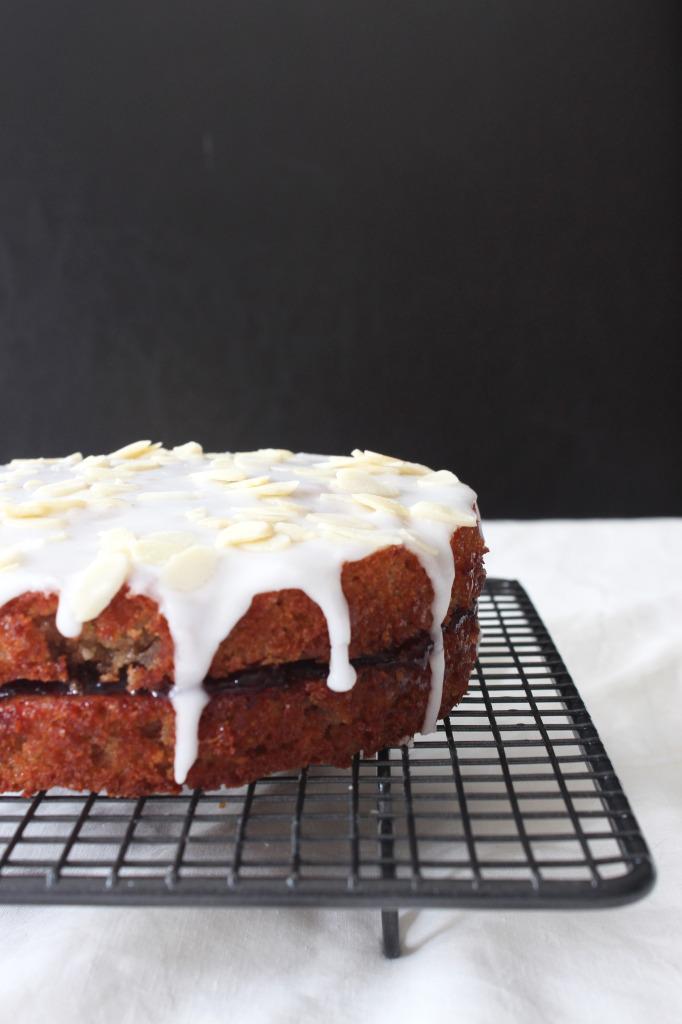 O-so-cherry-bakewell-cake