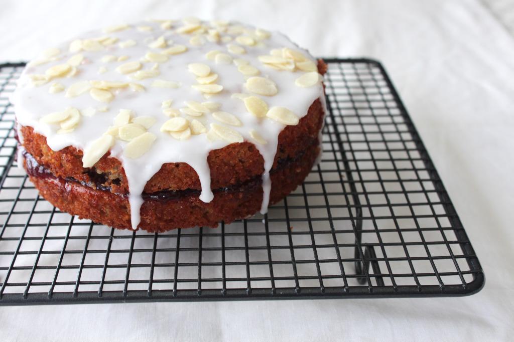 O-so-cherry-bakewell-cake3