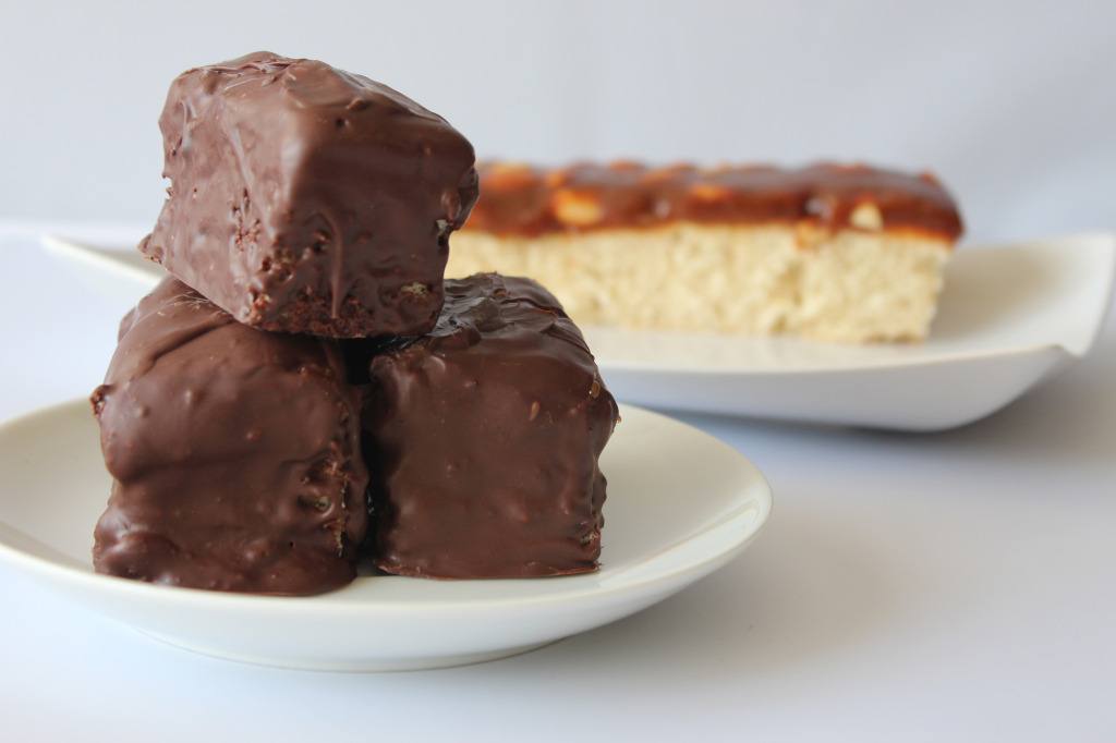 snickers-cake-bars3