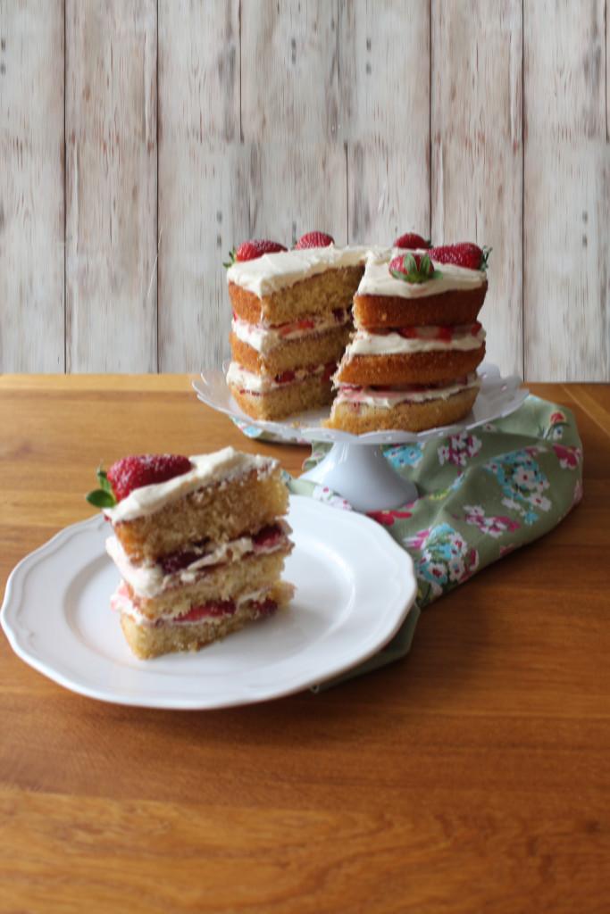 3 layer victoria cake3