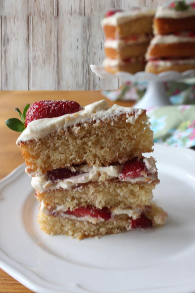 3 layer victoria cake4